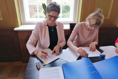 Podpisanie partnerskiego wniosku o dofinansowanie  12